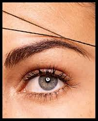 Eyebrow Threading for enhancing the Eyebrows look
